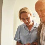 Apoyar a un familiar de una persona con demencia
